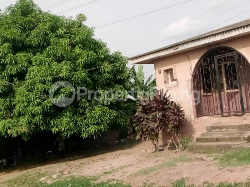 3 bedroom Flat / Apartment for sale Olubondu Ipaja Lagos - 4