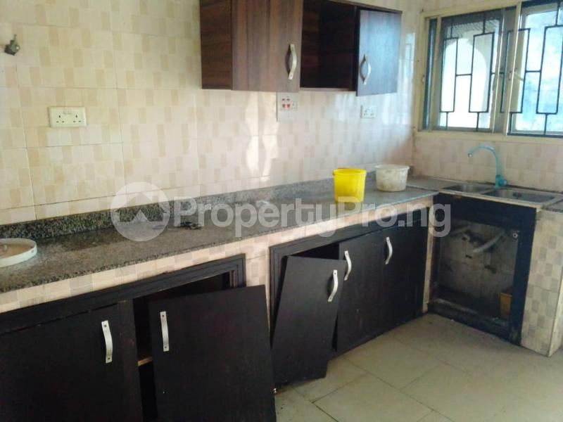 3 bedroom Flat / Apartment for rent Sehinde Calisto street Oshodi Lagos - 11