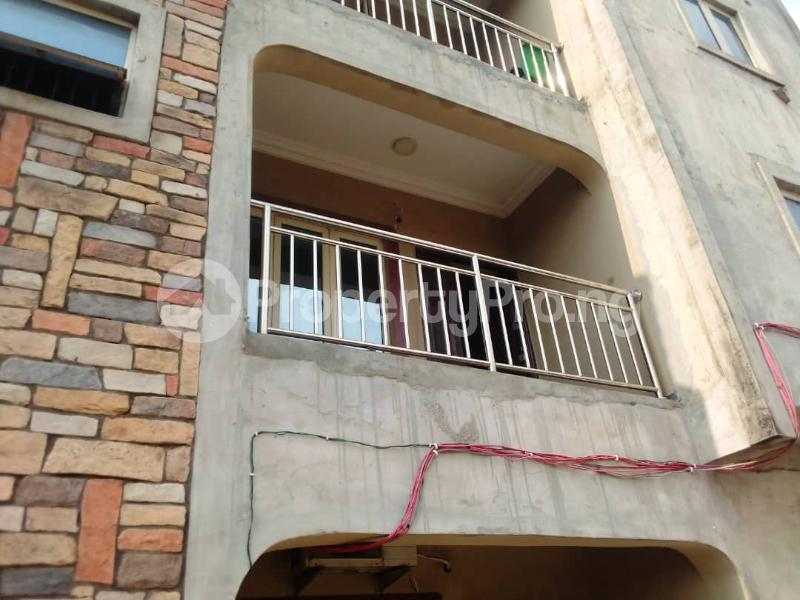 3 bedroom Flat / Apartment for rent Sehinde Calisto street Oshodi Lagos - 10