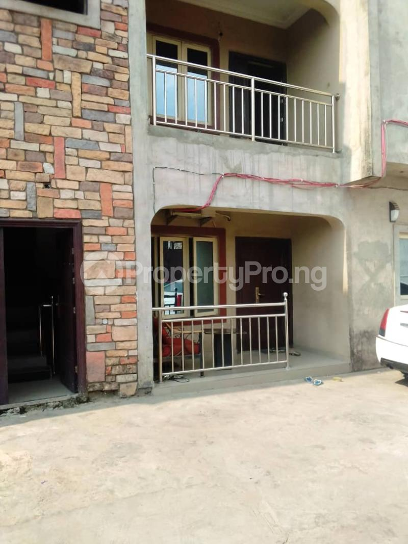 3 bedroom Flat / Apartment for rent Sehinde Calisto street Oshodi Lagos - 7