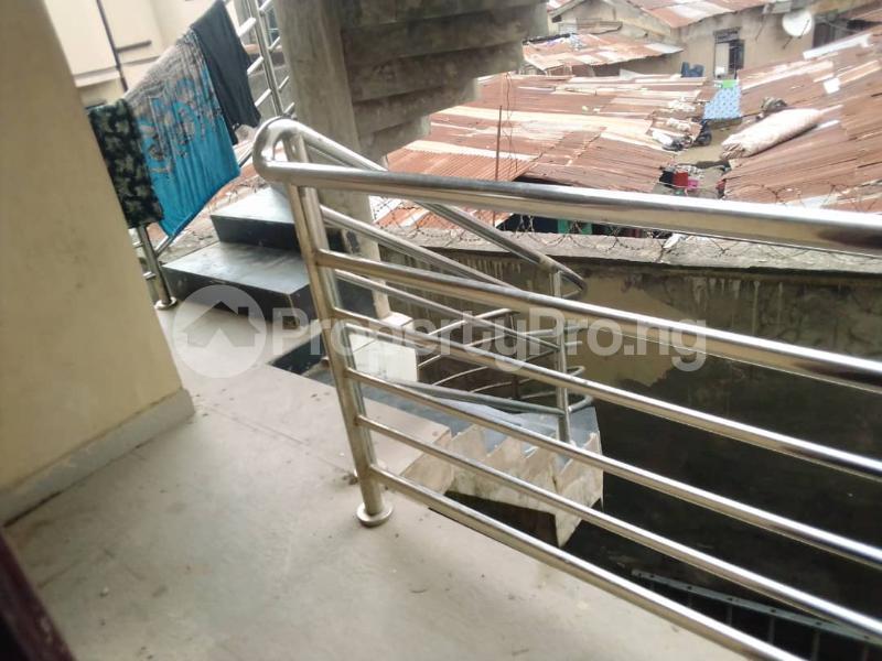 3 bedroom Flat / Apartment for rent Sehinde Calisto street Oshodi Lagos - 5