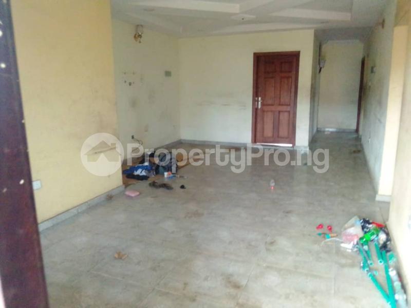 3 bedroom Flat / Apartment for rent Sehinde Calisto street Oshodi Lagos - 13