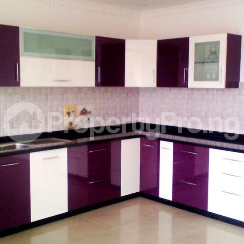 3 bedroom Blocks of Flats House for rent First Ugbor road G.R.A benin city  Oredo Edo - 2