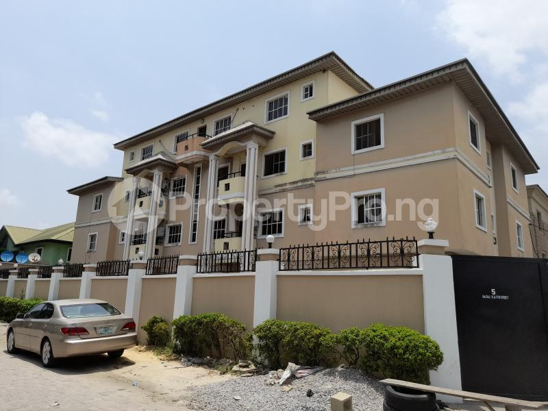 3 bedroom Flat / Apartment for sale Off Agungi Ajiran Road, Behind Dominion Pizza Agungi Lekki Lagos - 1