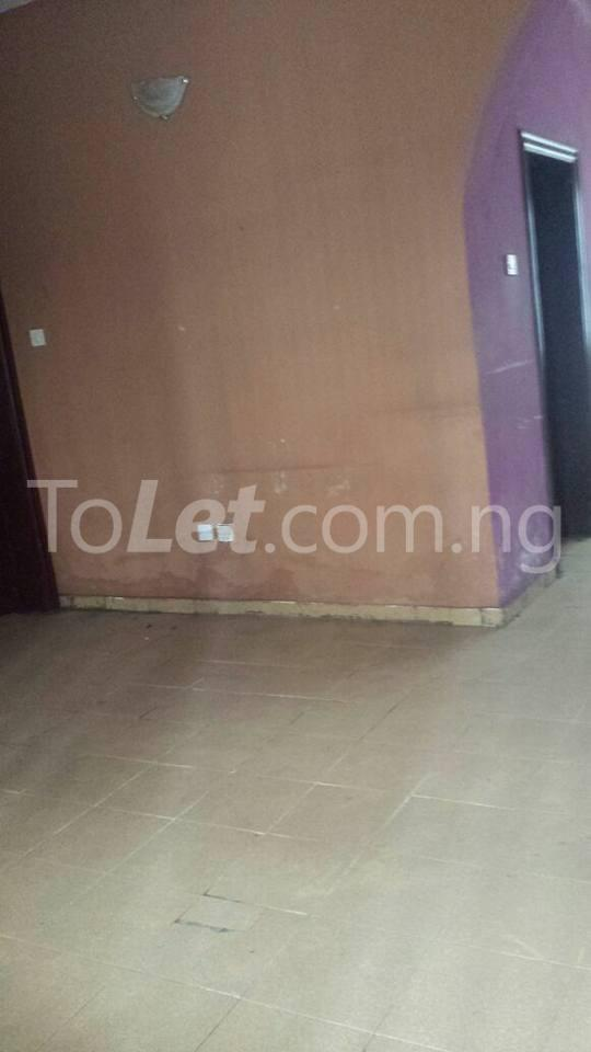 3 bedroom Flat / Apartment for sale County Estate Pen Cinema Agege Pen cinema Agege Lagos - 7