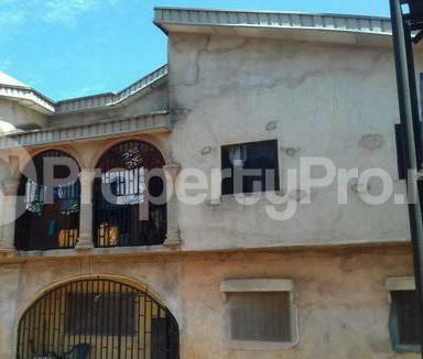 3 bedroom Self Contain Flat / Apartment for rent Uwadia street.  Upper ekenwan. Benin city Oredo Edo - 3
