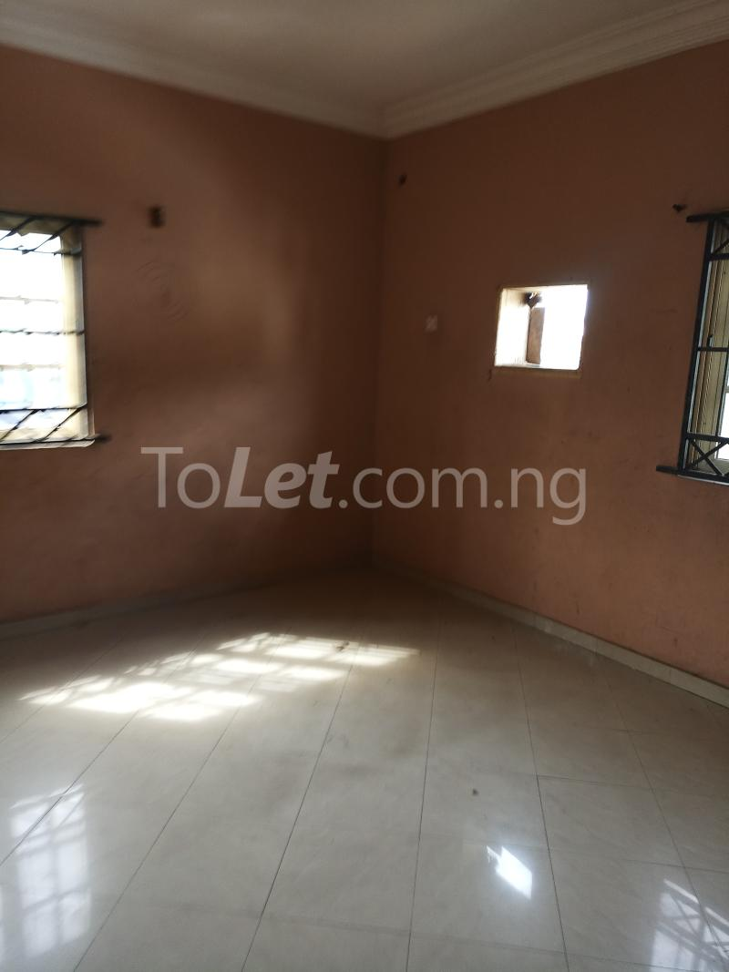 3 bedroom Flat / Apartment for rent Emmanuel high   Ogudu GRA Ogudu Lagos - 3