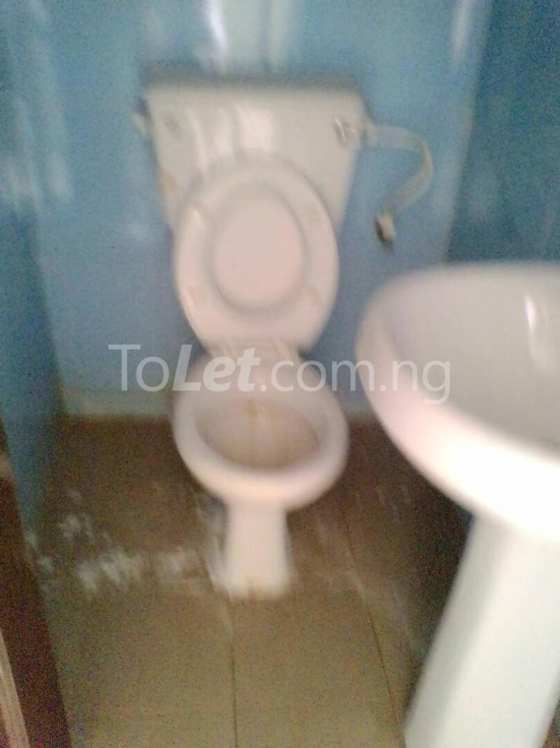 3 bedroom Flat / Apartment for rent Leo ikeagwe st  Ajao Estate Isolo Lagos - 2