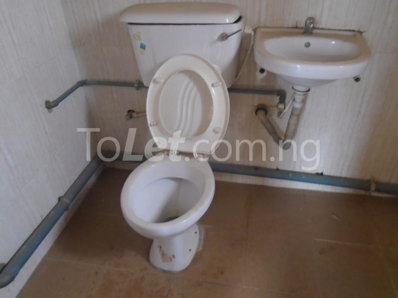 3 bedroom Flat / Apartment for rent Off  Obafemi Awolowo Way Ikeja Lagos - 11