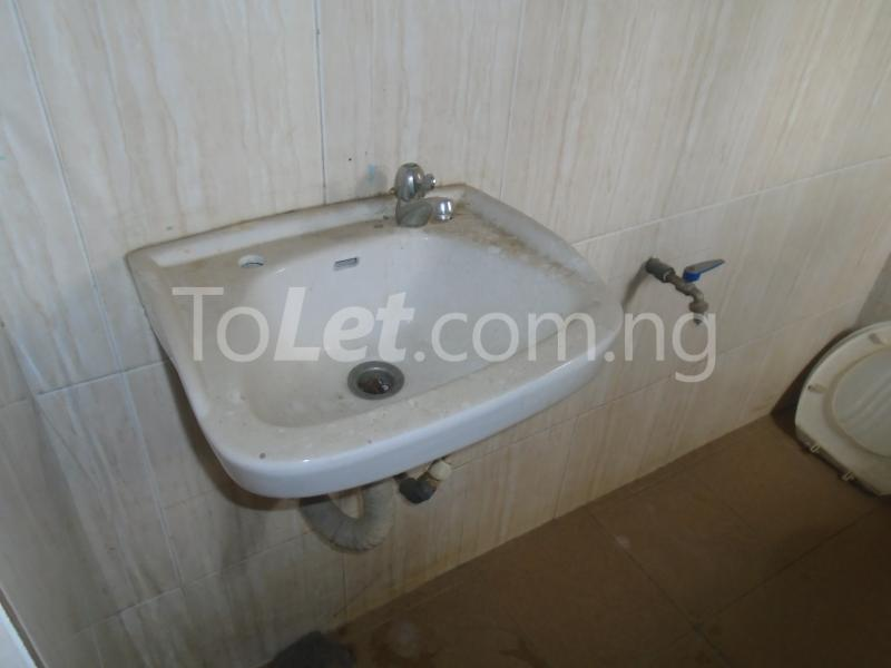 3 bedroom Flat / Apartment for rent Off  Obafemi Awolowo Way Ikeja Lagos - 15