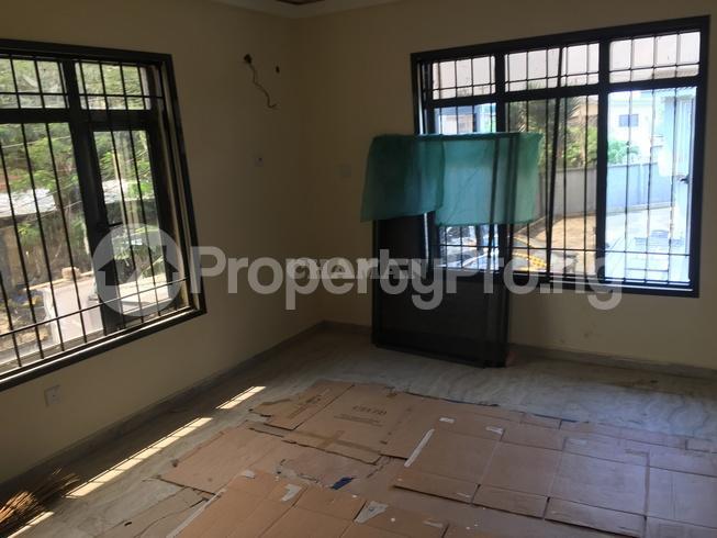 3 bedroom Flat / Apartment for rent estate Adeniyi Jones Ikeja Lagos - 24