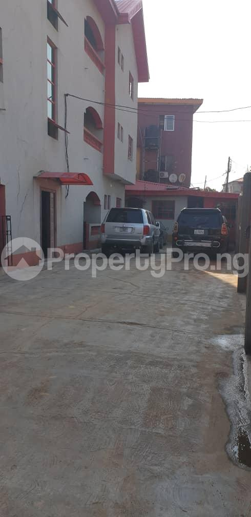 3 bedroom Flat / Apartment for rent Off Folaagoro Roundabout Fola Agoro Yaba Lagos - 0