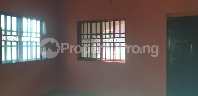 3 bedroom Flat / Apartment for rent Off Folaagoro Roundabout Fola Agoro Yaba Lagos - 3