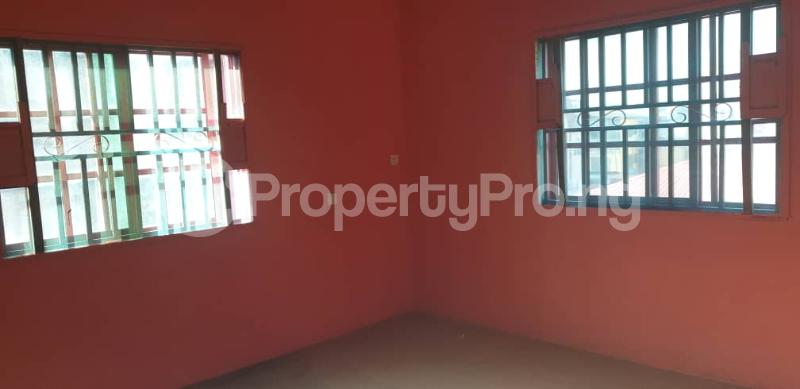 3 bedroom Flat / Apartment for rent Off Folaagoro Roundabout Fola Agoro Yaba Lagos - 5