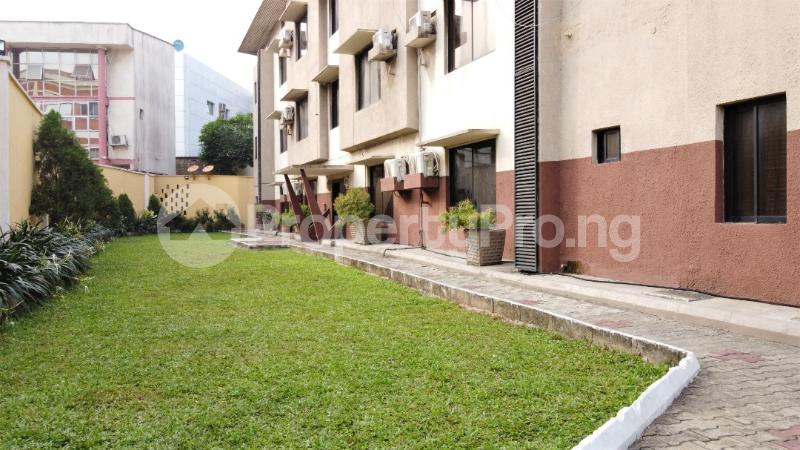 3 bedroom Flat / Apartment for rent Shonibare Estate Maryland Lagos - 1
