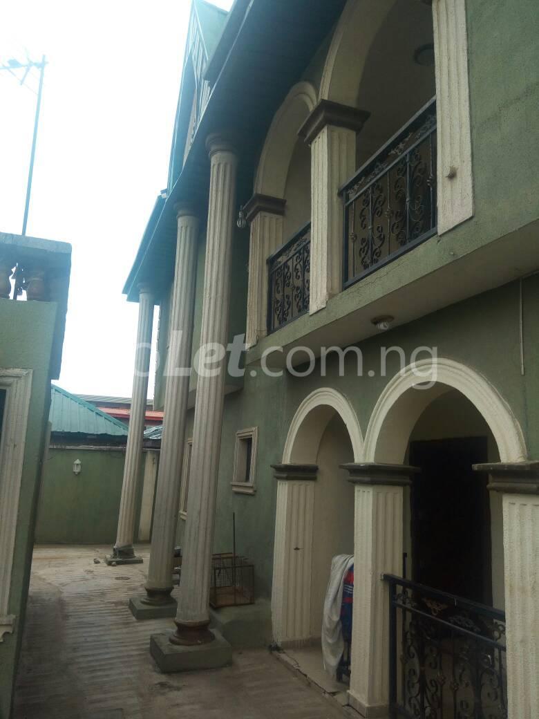 3 bedroom Flat / Apartment for sale Off Oriola street Alapere Kosofe/Ikosi Lagos - 1