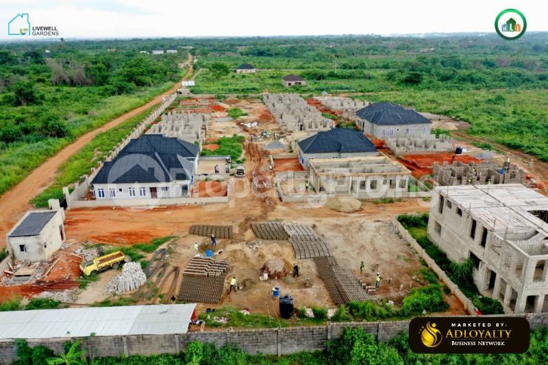 3 bedroom Detached Bungalow for sale Mowe Obafemi Owode Ogun - 3
