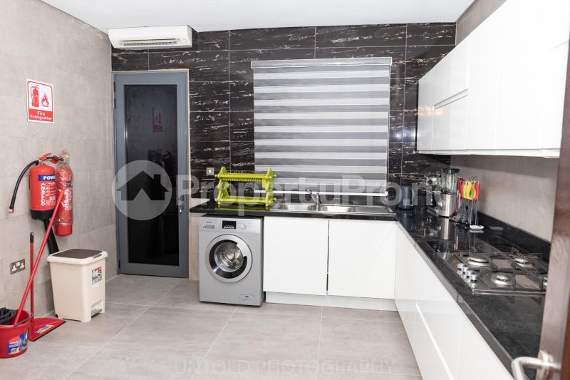 3 bedroom Flat / Apartment for shortlet Brioni Court, Plot 9, Block 26, Admiralty Way, Lekki Phase 1 Lekki Phase 1 Lekki Lagos - 22