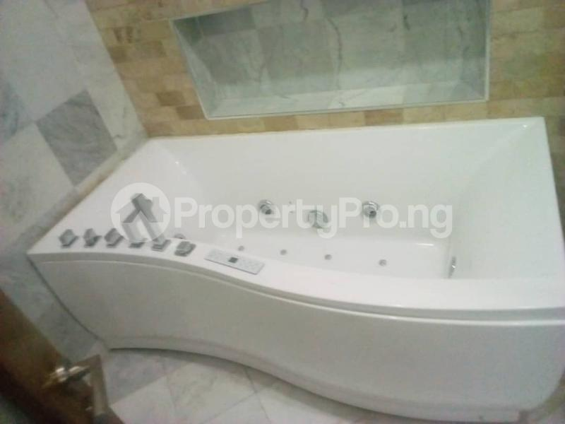 3 bedroom Flat / Apartment for rent Onikoyi, Ikoyi. Ikoyi Lagos - 1