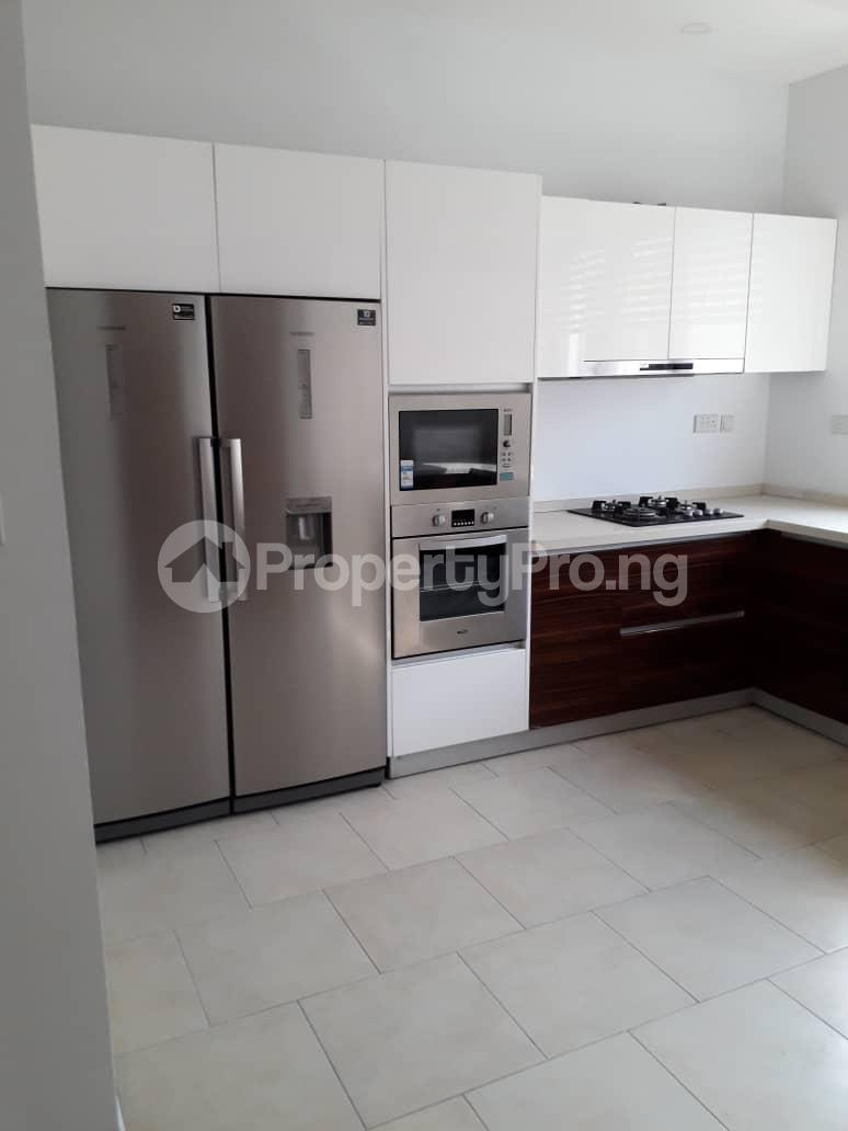 3 bedroom Flat / Apartment for rent Onikoyi, Ikoyi. Ikoyi Lagos - 18
