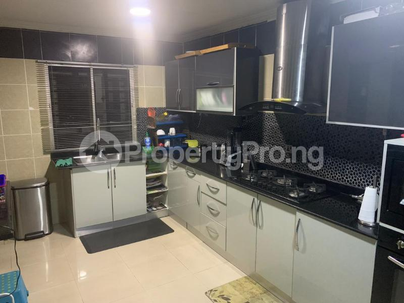 3 bedroom Massionette for sale Jacob Mews Estate, Alagomeji, Yaba. Alagomeji Yaba Lagos - 4