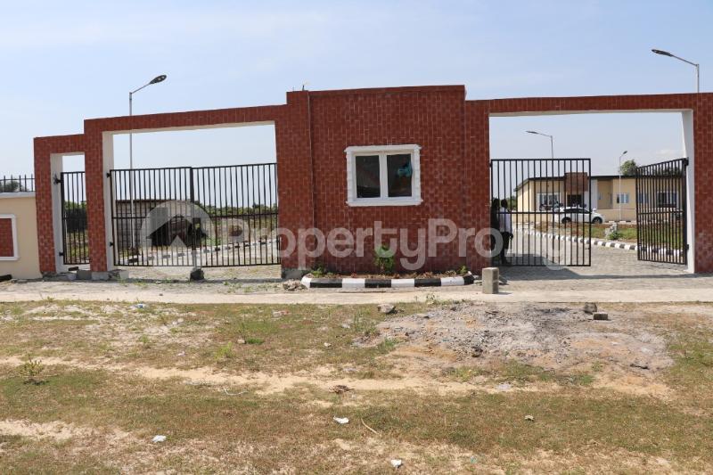3 bedroom Semi Detached Bungalow House for sale - Bogije Sangotedo Lagos - 4