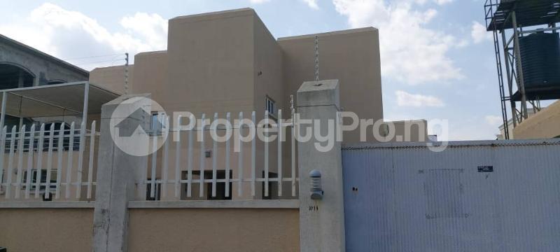 3 bedroom Semi Detached Duplex for rent Guzape Abuja - 0