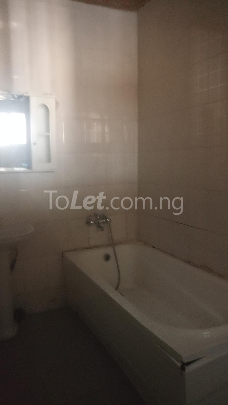 3 bedroom House for rent Magodo GRA Phase 1 Estate.  Magodo GRA Phase 1 Ojodu Lagos - 7