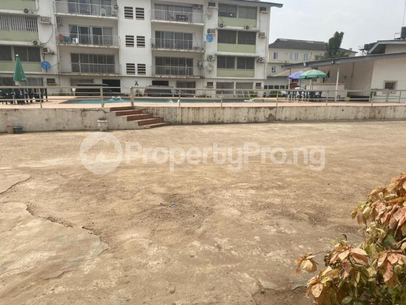 3 bedroom Flat / Apartment for rent Oduduwa Crescent Ikeja GRA Ikeja Lagos - 20
