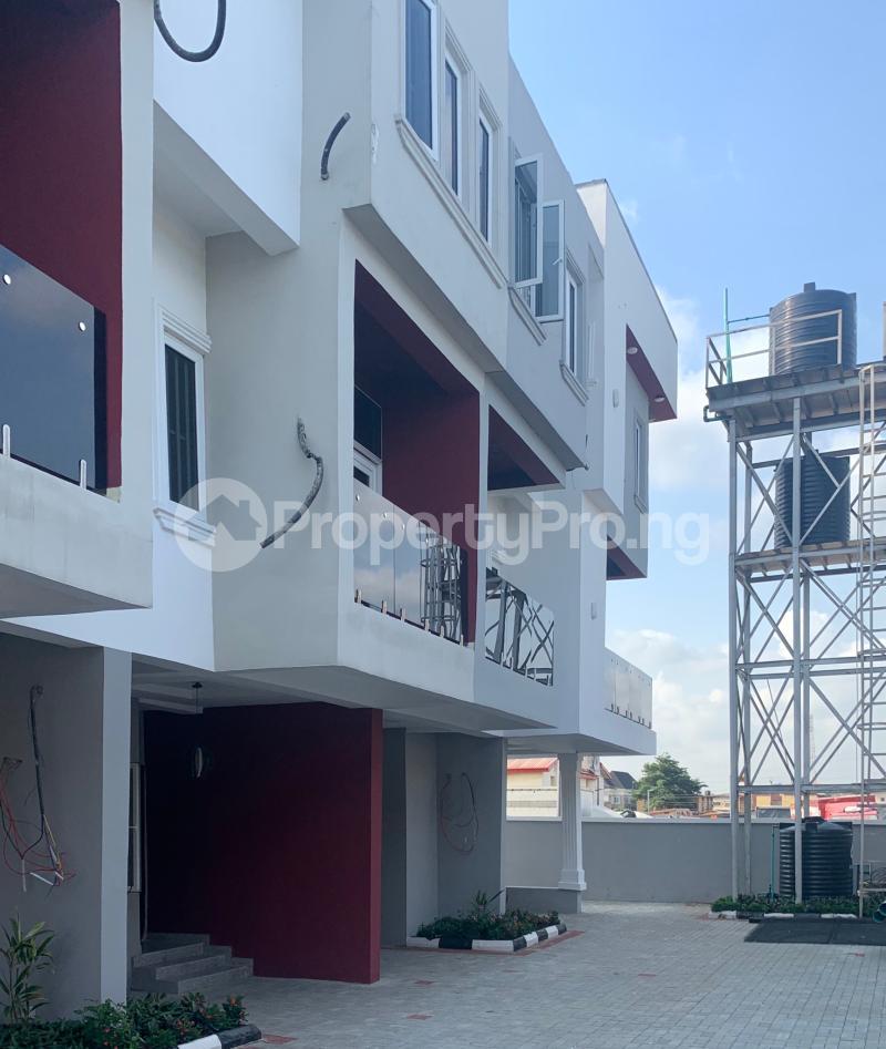 3 bedroom Flat / Apartment for rent Atunrase  Atunrase Medina Gbagada Lagos - 1