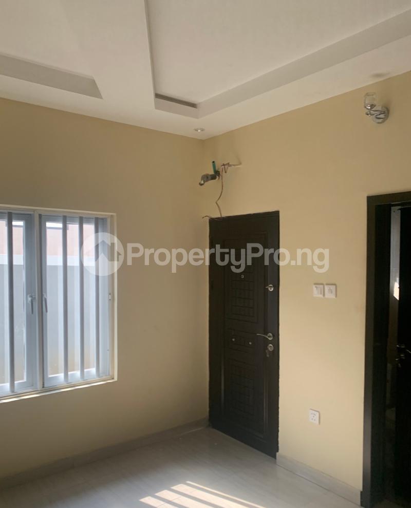 3 bedroom Flat / Apartment for rent Atunrase  Atunrase Medina Gbagada Lagos - 8