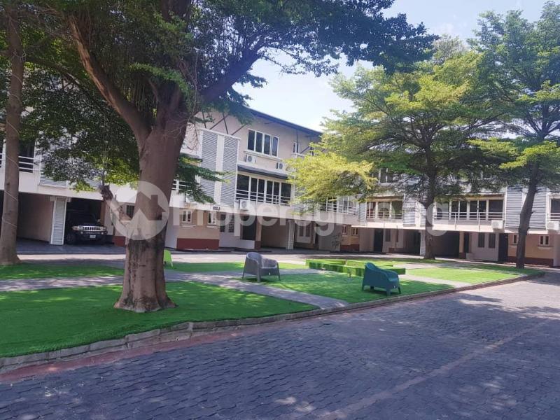 3 bedroom Terraced Duplex House for shortlet crocodile drive, Lekki Lagos - 18