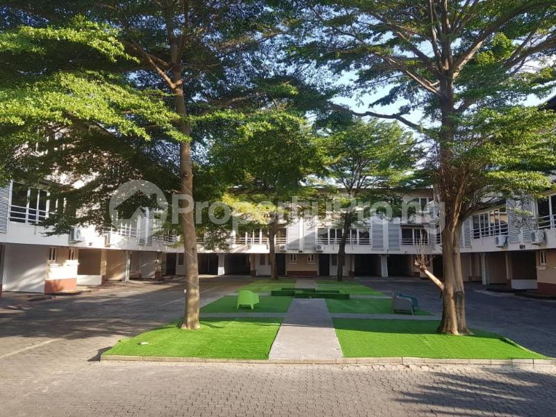 3 bedroom Terraced Duplex House for shortlet crocodile drive, Lekki Lagos - 24