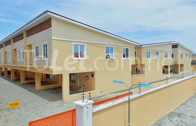 3 bedroom House for rent Victoria Crest Estate chevron Lekki Lagos - 0