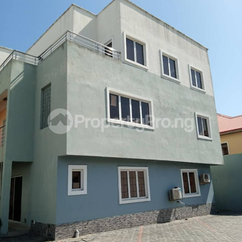 3 bedroom Terraced Duplex House for rent Atlantic View Estate Igbo-efon Lekki Lagos - 0