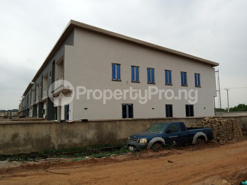 3 bedroom Terraced Duplex House for sale Magboro Obafemi Owode Ogun - 2
