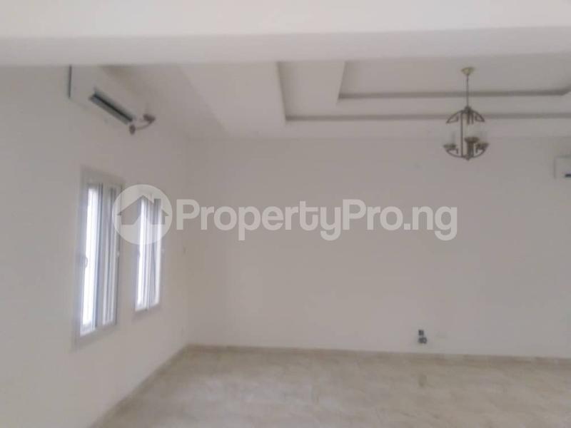3 bedroom Terraced Duplex for sale Close To Chevron Toll Gate Axis chevron Lekki Lagos - 8