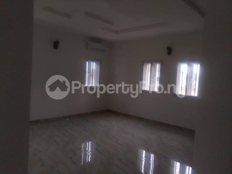 3 bedroom Terraced Duplex for sale Close To Chevron Toll Gate Axis chevron Lekki Lagos - 3