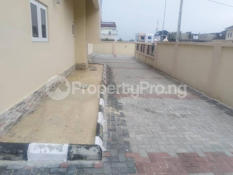 3 bedroom Terraced Duplex for sale Close To Chevron Toll Gate Axis chevron Lekki Lagos - 1