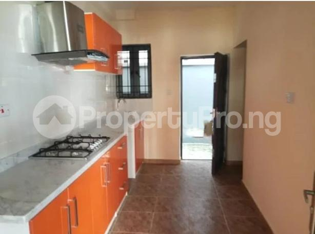 3 bedroom Terraced Duplex for sale Close To Chevron Toll Gate Axis chevron Lekki Lagos - 5