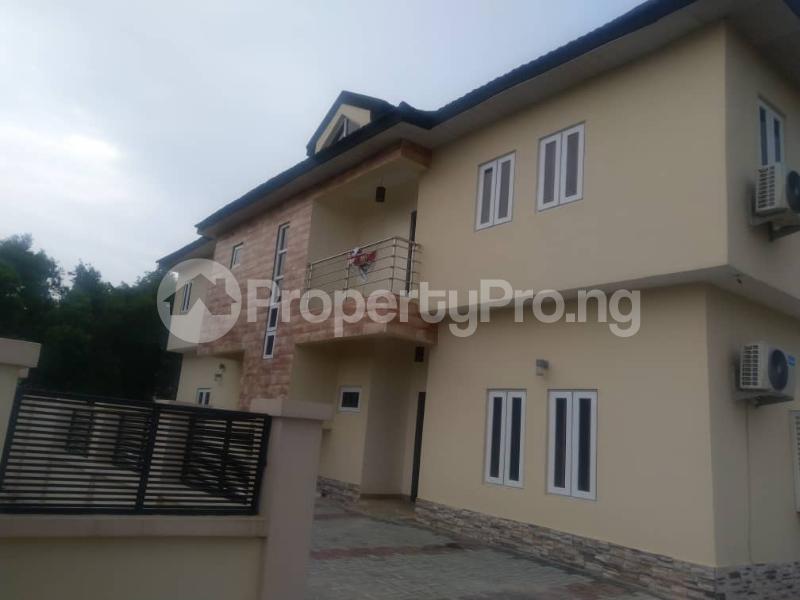 3 bedroom Terraced Duplex for sale Close To Chevron Toll Gate Axis chevron Lekki Lagos - 11