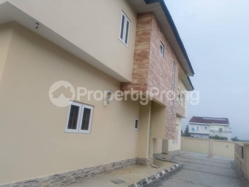 3 bedroom Terraced Duplex for sale Close To Chevron Toll Gate Axis chevron Lekki Lagos - 4