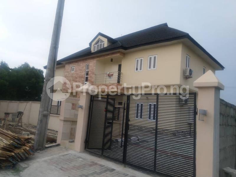 3 bedroom Terraced Duplex for sale Close To Chevron Toll Gate Axis chevron Lekki Lagos - 10