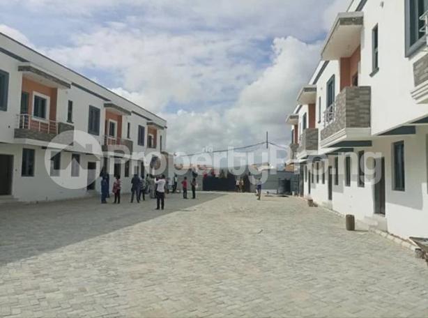 3 bedroom Terraced Duplex for sale Close To Chevron Toll Gate Axis chevron Lekki Lagos - 12