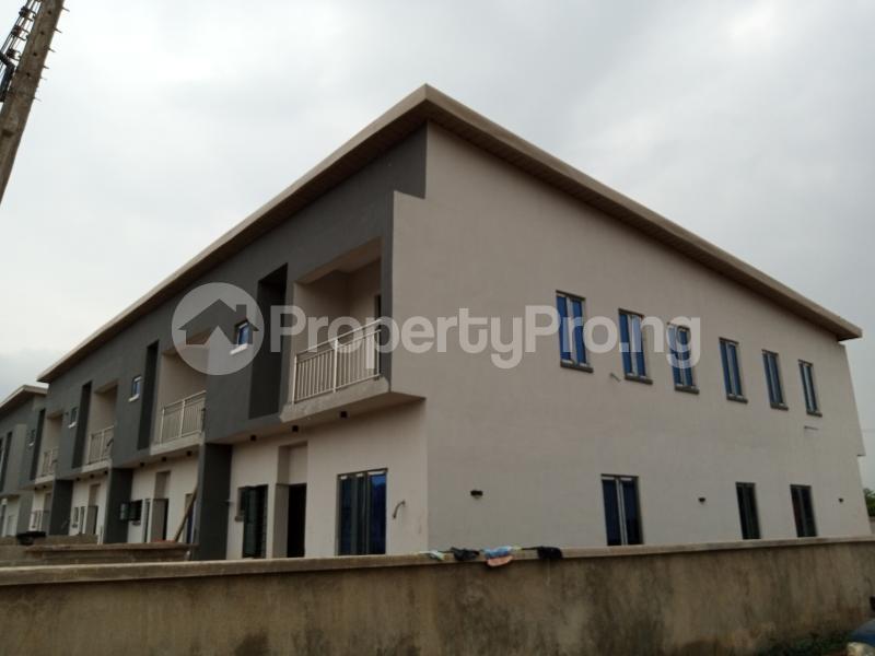 3 bedroom Terraced Duplex House for sale Magboro Obafemi Owode Ogun - 1