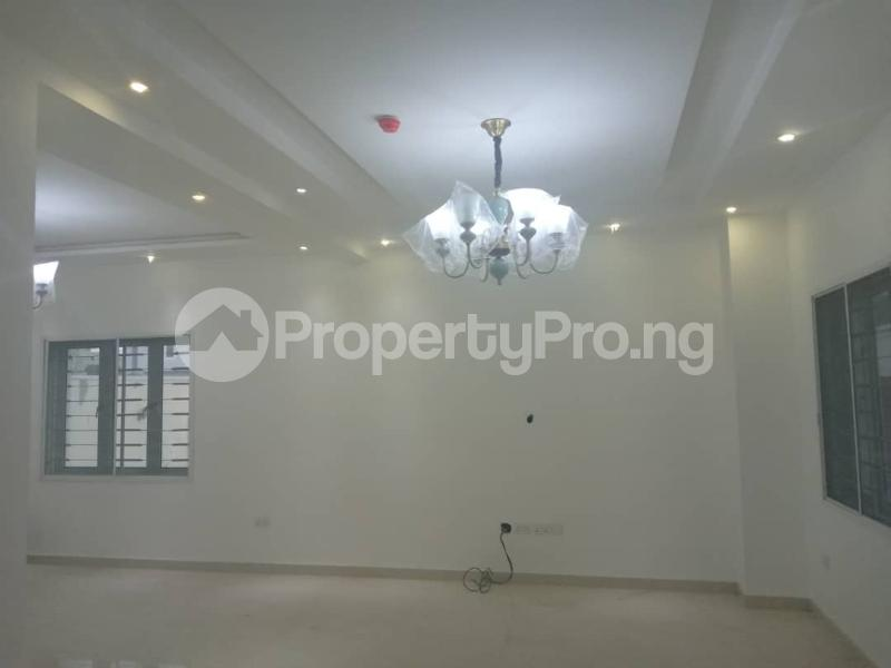 3 bedroom Terraced Duplex House for rent admiralty way  Lekki Phase 1 Lekki Lagos - 9