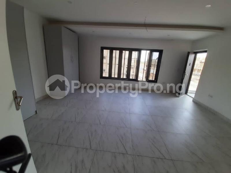4 bedroom Flat / Apartment for rent Abraham Adesanya Abraham adesanya estate Ajah Lagos - 11