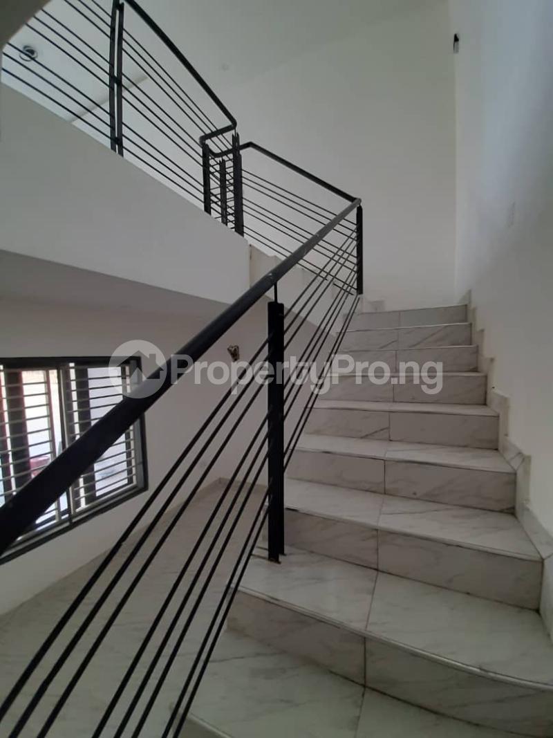 4 bedroom Flat / Apartment for rent Abraham Adesanya Abraham adesanya estate Ajah Lagos - 9
