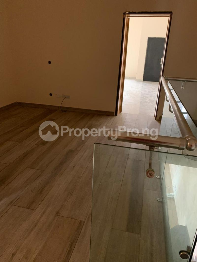 3 bedroom Terraced Duplex House for sale ONIRU Victoria Island Lagos - 3