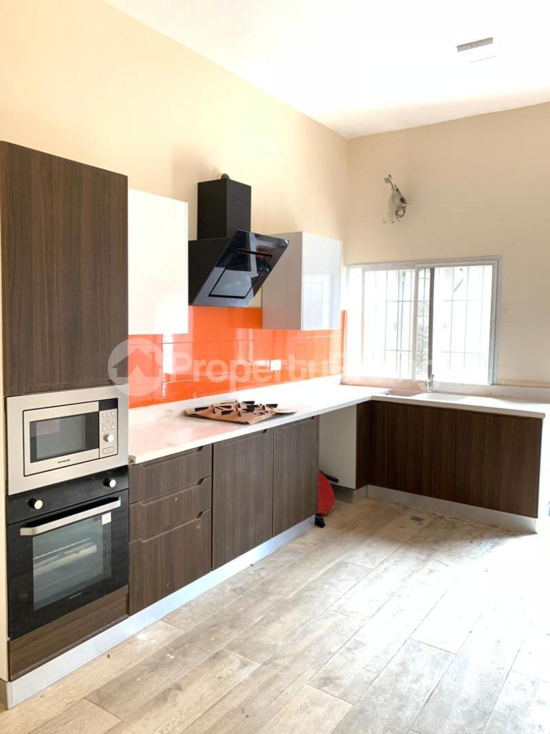 3 bedroom Terraced Duplex House for sale ONIRU Victoria Island Lagos - 14